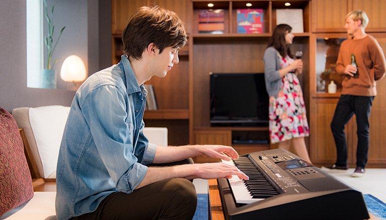 Đàn organ Yamaha PSR E463 -